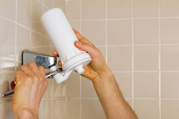 Shower-Filter-Installation